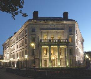 embajada-en-2005.jpg
